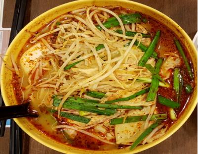 개인적으로 매운국수(운남마이신 국수)를 가장 좋아한다.본인이 원하는 매운정도를 조절해 주문할 수 있다. (약간 매운맛(小辣), 중간매운맛(中辣), 매운맛(大辣)