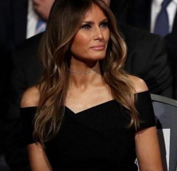 △여전히 모델포스 스타일을 유지하는 미국 대통령 트럼프 부인, 멜라니아 트럼프