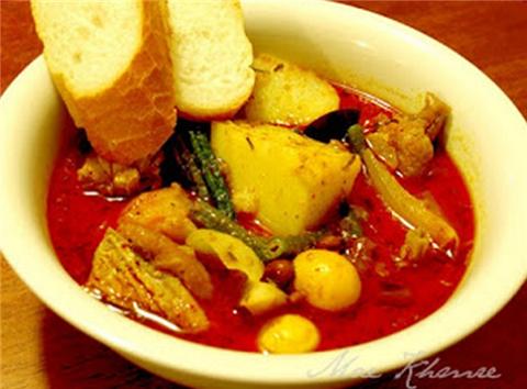 매운 크메르 커리(Khmer red curry)