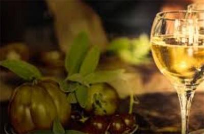스파클링 와인 (sparkling wine)