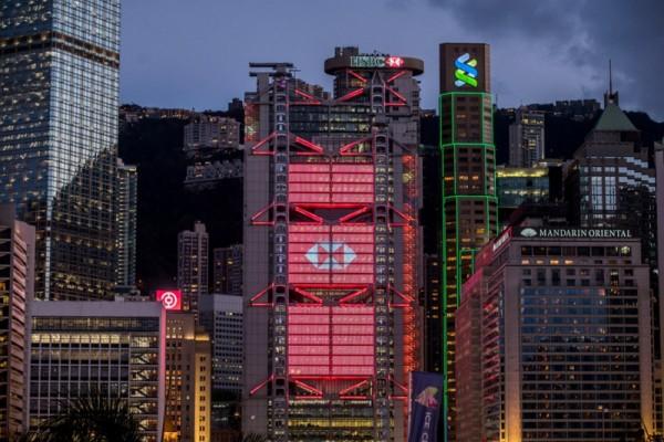 ▲ 이달 8월 초 HSBC가 CEO 사임 발표와 함께 대대적인 감축 개편을 발표했다. (사진=scmp)