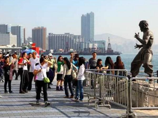 ▲ 지난 10월에 홍콩을 방문한 관광객 수는 331만명으로 이는 전년 동월 대비 43.7% 하락했다. (사진=scmp)